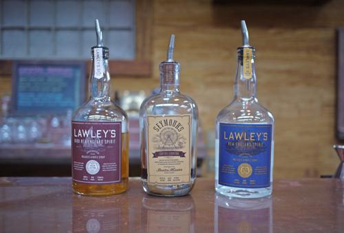 Boston_Harbor_distillery_spirits